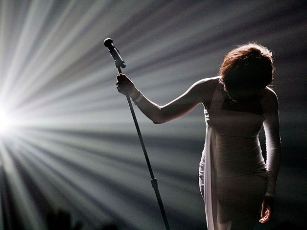 Whitney Houston, radiante luz