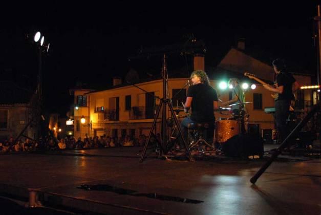 homenaje_antonio_vega_los_molinos_musica_verano_fiestas_directo_vivo_basilio_marti_ricardo_marin_billy_villegas_anye_bao