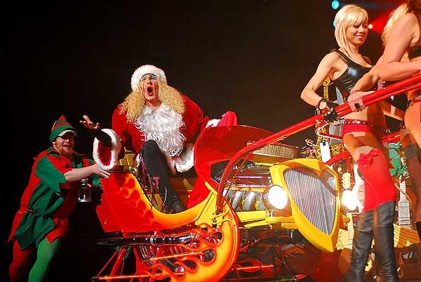 dee_snider_twisted_sister_christmas_las_vegas_santa