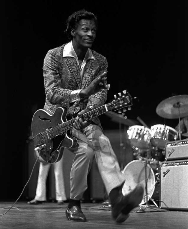 chuck_berry_duck_walk_robert_altman_bw