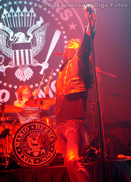 ramonsters_ramones_veriones_cover_band_tributo_homenaje_tribute_madrid_live_directo_barcelo