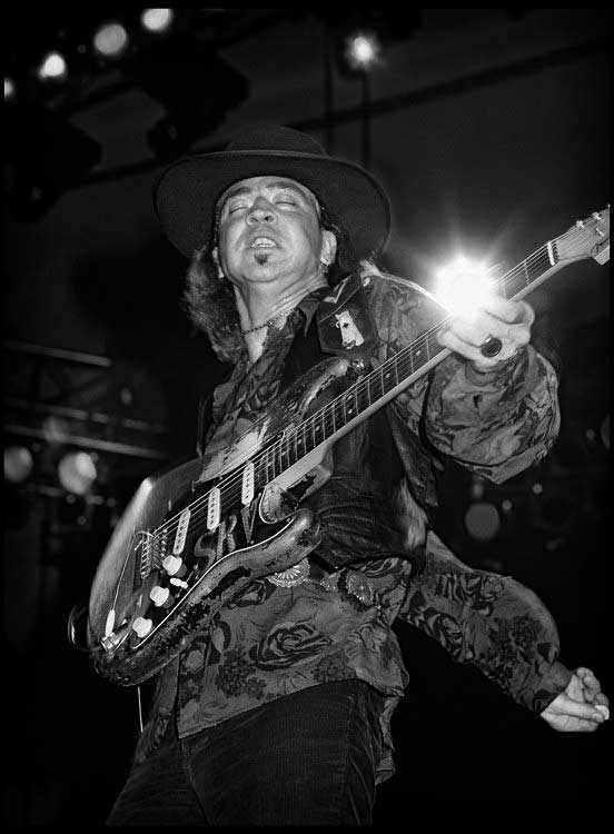 ken_settle_stevie_ray_vaughan_live_1988