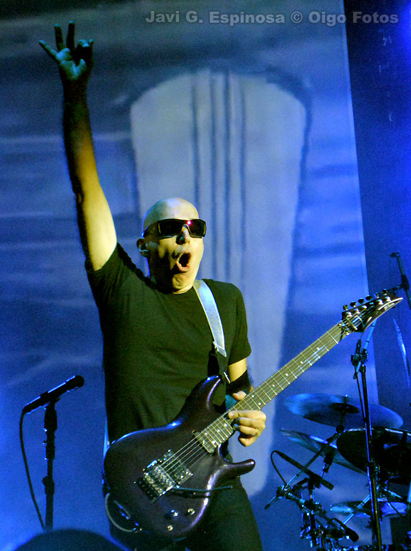 joe_satriani_live_price_madrid_374