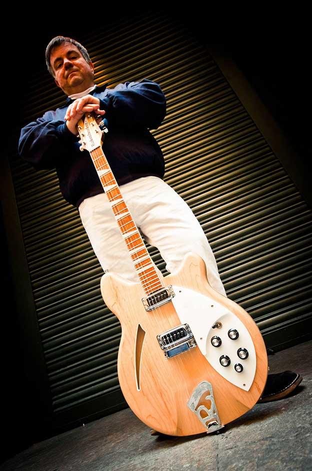 joaquin_felipe_spada_freson_canguros_fresones_rebeldes_cola_jet_set_guitarra_pop_resistencia_sonora